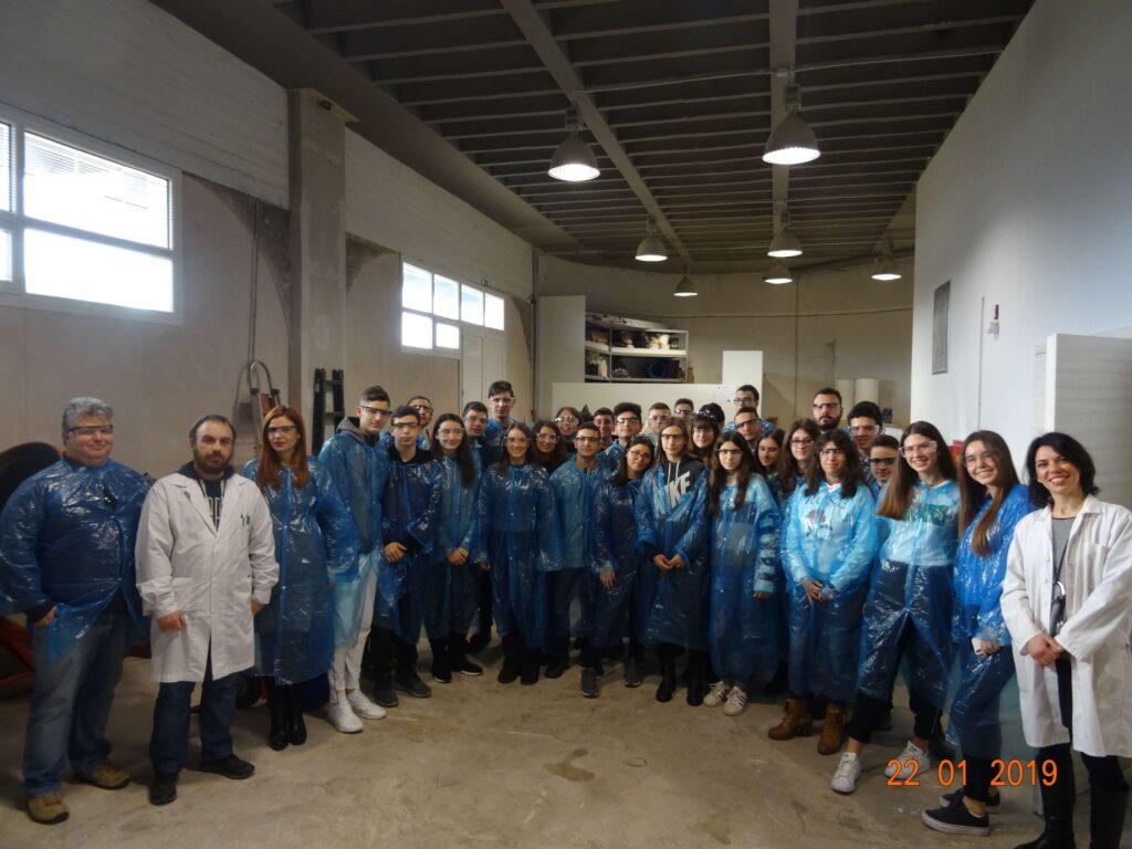 Το Παραγωγικό Σκασιαρχείο επισκέπτεται τις νέες εγκαταστάσεις της CHIMAR